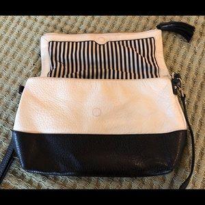 Kate Spade New York cross body bag